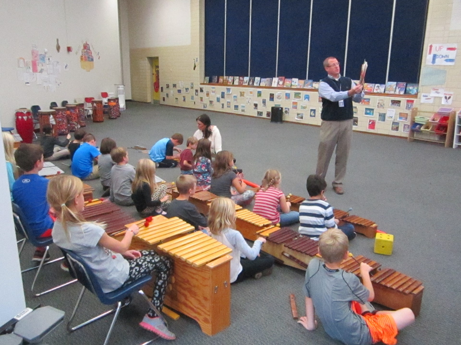 Superintendent Jeff Brown visits the GES Music Room
