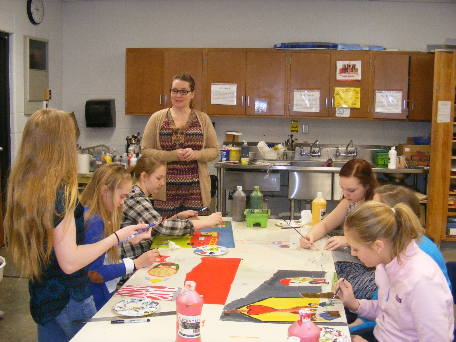 GMS Students Work on Art for Feed the Dream Show