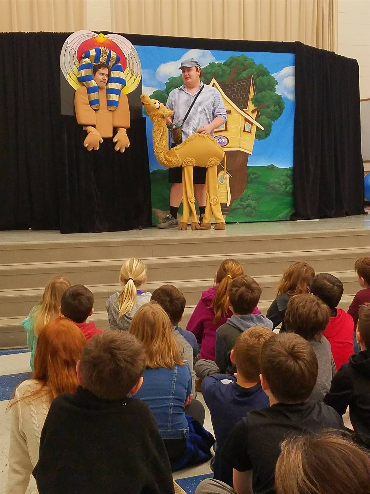 Artists in the Schools: Madcap Puppets Visit GIS for Essential Tuesday
