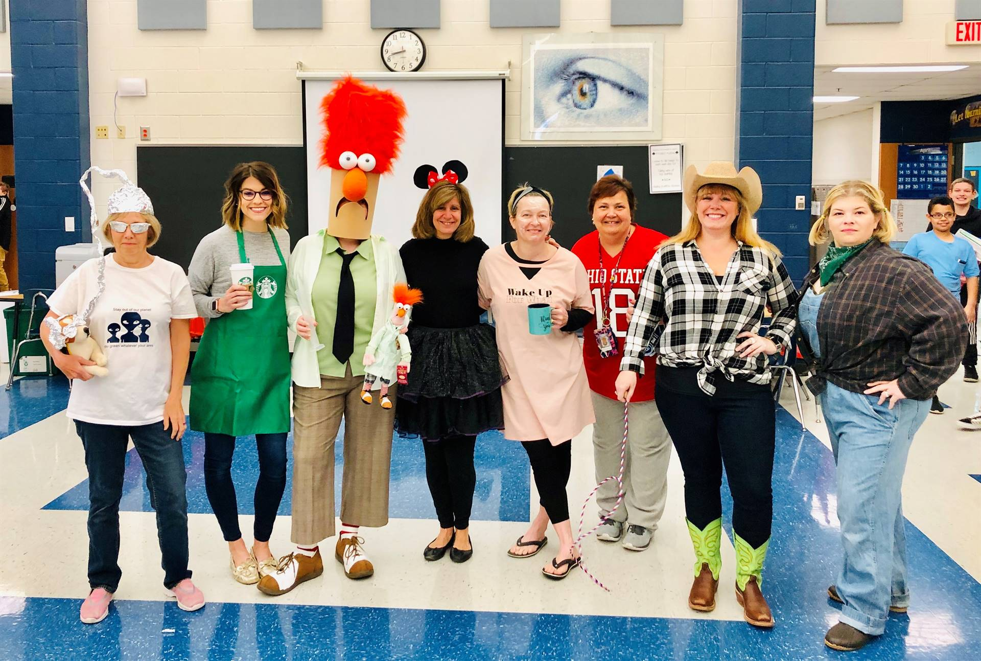 GIS Sixth Grade Staff photo 2019