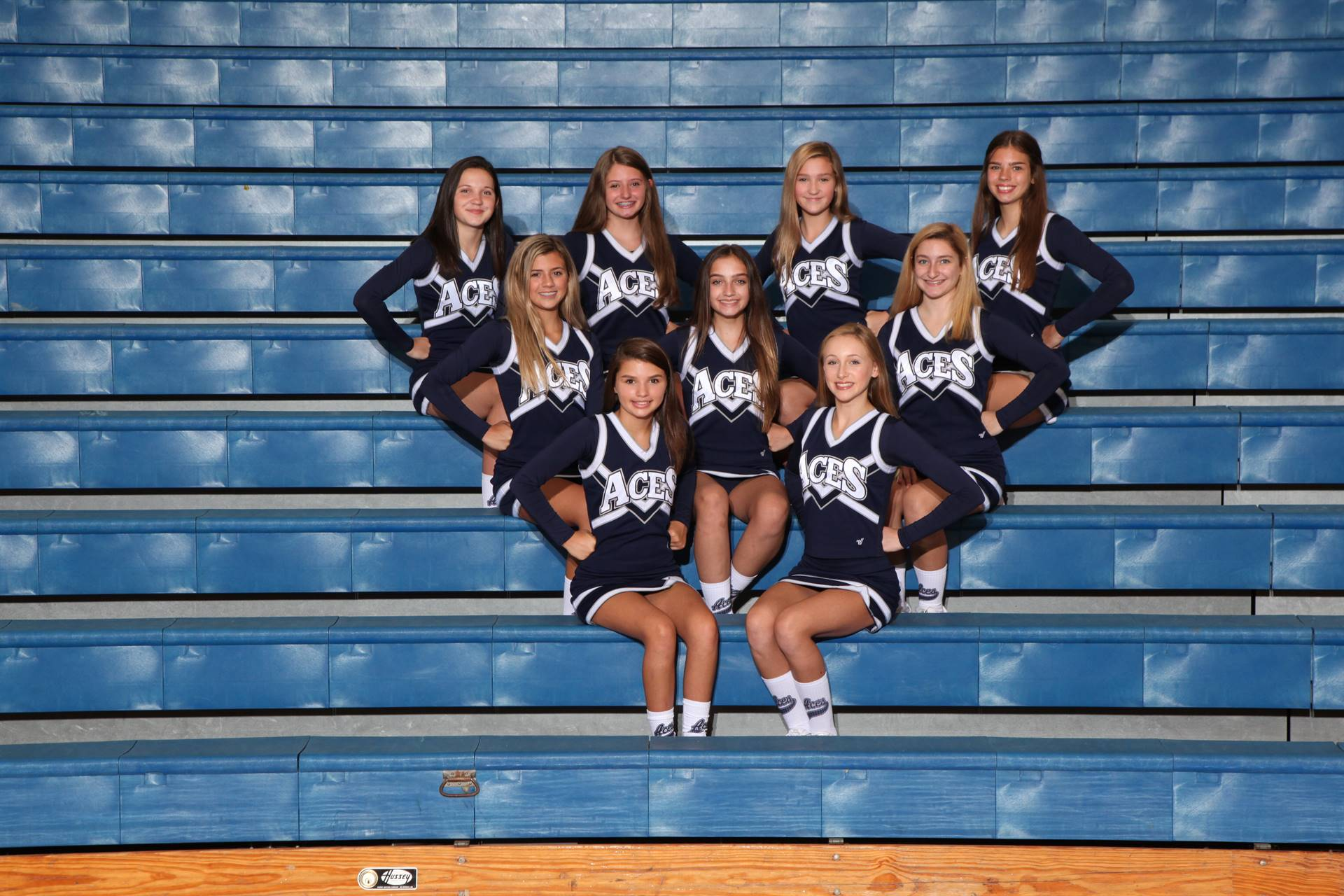 8th Grade Football Cheerleaders
